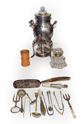 Lot 45 - A quantity of silver and silver plate to include a Georgian silver caddy spoon, pair of silver...