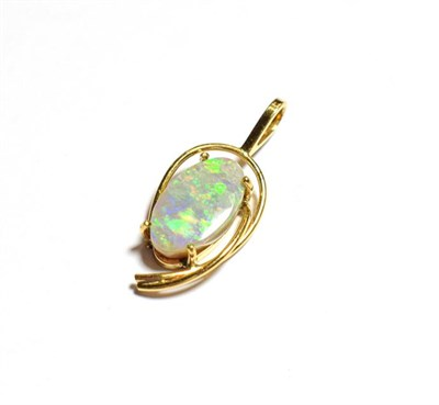 Lot 65 - An opal pendant, stamped '14CT', length 2.8cm