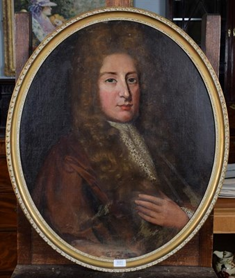 Lot 1011 - Manner of Godfrey Kneller (19th century) portrait of a man, oil on canvas laid to board oval,...