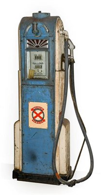 Lot 42 - ~ A 1930's Wayne Free-Standing Forecourt Petrol Pump Dispenser, complete with rubber hose and...