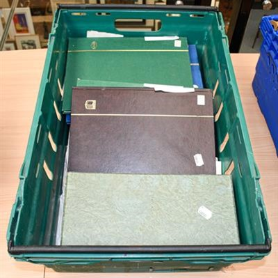 Lot 2090 - Spain Colonies collections in thirteen stock books (plus sundry loose material on pages and in...