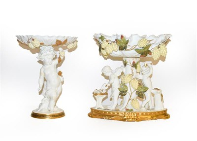 Lot 31 - Assorted ceramics to include a Moore Brothers centrepiece, Stourbridge dump, alabaster and...