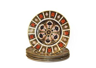 Lot 47 - A set of six Royal Crown Derby Imari plates, pattern 1128, 26.5cm diameter
