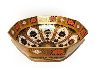 Lot 52 - A Royal Crown Derby Imari octagonal bowl, pattern 1128, 28cm wide