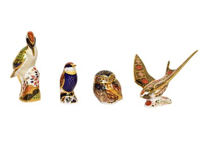 Lot 34 - Royal Crown Derby: Four bird paperweights, Old Imari Solid Gold Band Swallow, Newstead...