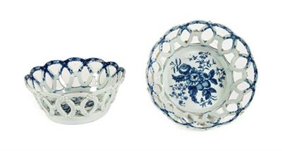 Lot 41 - A Pair of Worcester Porcelain Circular Baskets, circa 1770, printed in underglaze blue with the...
