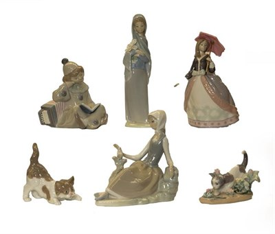 Lot 54 - Six various Lladro figures and models