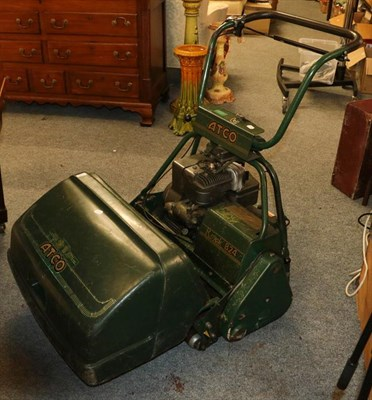 Lot 1098 - An Atco petrol lawn mower with Briggs & Stratton engine