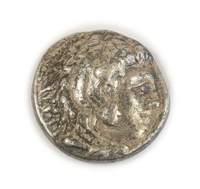 Lot 2005 - Alexander III ('The Great') 336-323BC, Silver Tetradrachm, obv. right-facing profile head of...