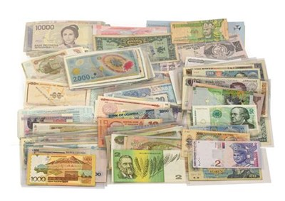 Lot 2016 - A Collection of 850+ Foreign Banknotes, wide range of denominations & countries including:...